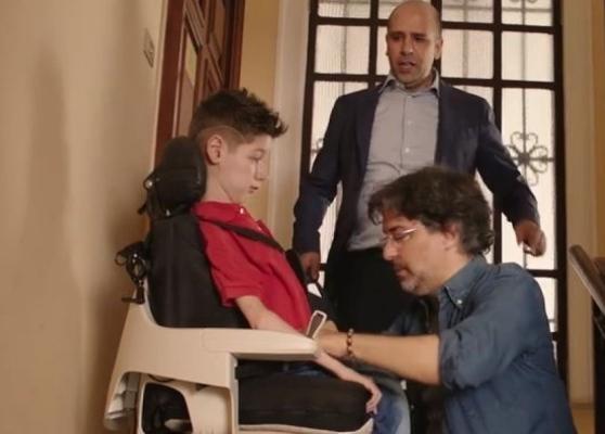 Mirko, il bimbo malato di Sma alla ribalta del web con Checco Zalone