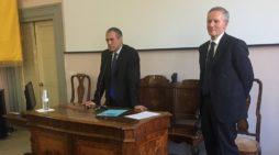 """L'appello di Carlo Cottarelli: """"I politici dicano come abbatteranno il debito pubblico"""""""