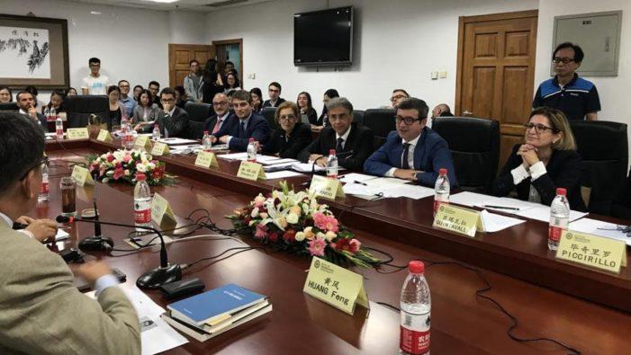 """Il ministro Orlando a Pechino: """"L'Italia dietro il nuovo codice civile cinese"""""""