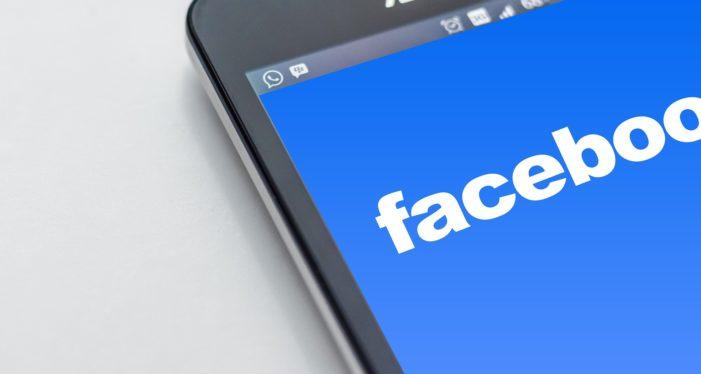 """Facebook e Telegram sotto accusa in Russia: """"Adeguatevi alle nostre leggi o vi bloccheremo"""""""
